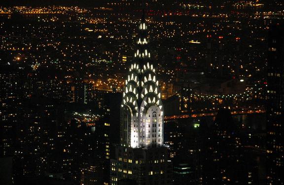 بنای کرایسلر نیویورک به فروش گذاشته شد