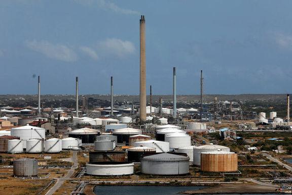 آمریکا پالایش نفت خود را تا حد زیادی کاهش داد