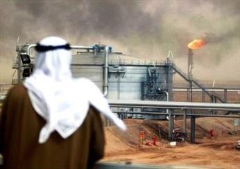 کاهش شدید قیمت نفت قطر در ماه آوریل /هر بشکه نفت 17 دلار
