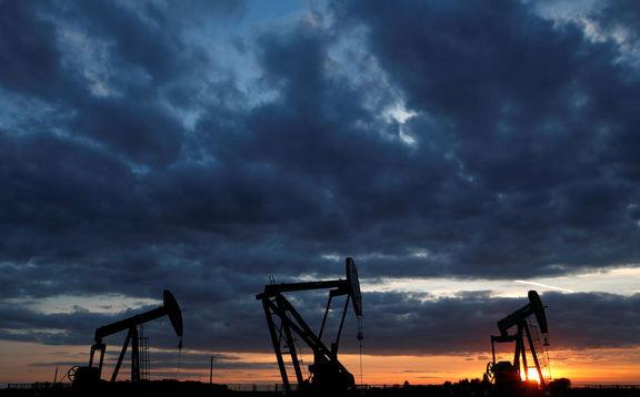 افت قیمت نفت برای سومین روز پیاپی / احتمال افزایش ذخایر نفت آمریکا قیمت نفت را کاهش داد