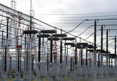 تابلو برقی بازار فیزیکی بورس انرژی میزبان عرضه ۱۷۶ هزار کیلووات ساعت برق