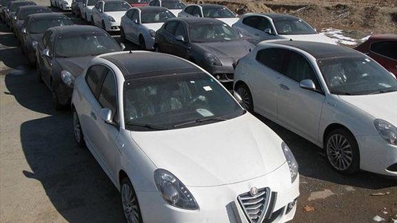 رئیسکل گمرک ایران از ادامه ممنوعیت واردات خودرو گفت