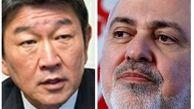 ظریف با همتای ژاپنی خود درباره تحریم های آمریکا گفتگو کرد