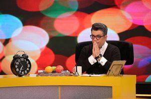 رضا رشیدپور در برنامه زنده  حالا خورشید دوباره از حال رفت