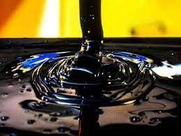 قیمت نفت خام تحت تأثیر نگرانی از بازگشت صادرات ایران افت کرد