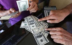 رشد بیوقفه دلار در صرافیهای بانکی