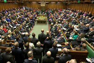 پارلمان انگلستان به طرح «اصلاحیه توقف تصویب» رای داد