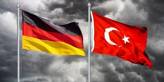 اخراج سه روزنامهنگار آلمانی از ترکیه