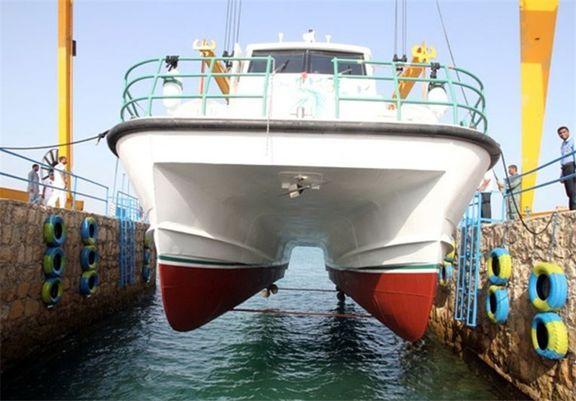 خدمات رسانی به مسافران دریایی قشم پس از وقوع زلزله در حال انجام است