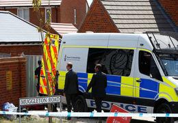 پیدا شدن 39 جسد از جمله یک نوجوان در کامیونی در شرق لندن + فیلم