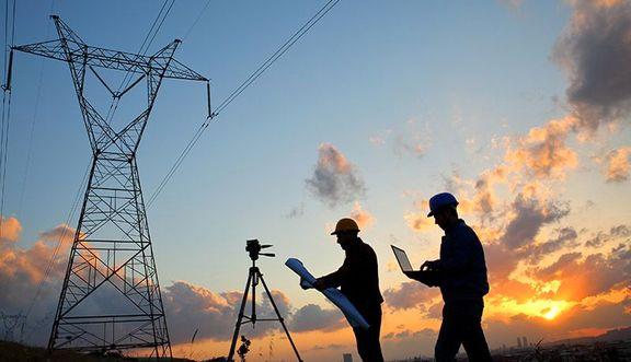 سومین جلسه میز صنعت برق در بورس برگزار شد/ لزوم حذف محدودیت های قیمتی