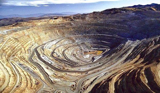 عقب نشینی چینی ها در سرمایه گذاری های معدنی ایران/ بحران تجارت معدنی ایران و چین