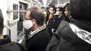 نباید با تمام محدودیت های اعلام شده هنوز اتوبوس و متروها شلوغ باشد