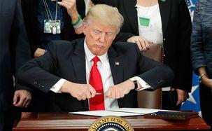 تهدید خطرناک ترامپ برای جهانیان / ترامپ: احتمالا از پیمان منع موشک های هسته ای میان برد خارج می شویم