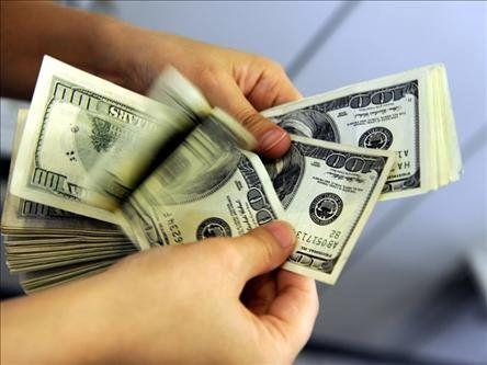 دلار زیر 10 هزار تومان واقعی تر است