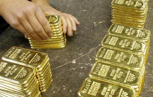 افزایش قیمت جهانی طلا با حمایت نرخ دلار و بهره در امریکا