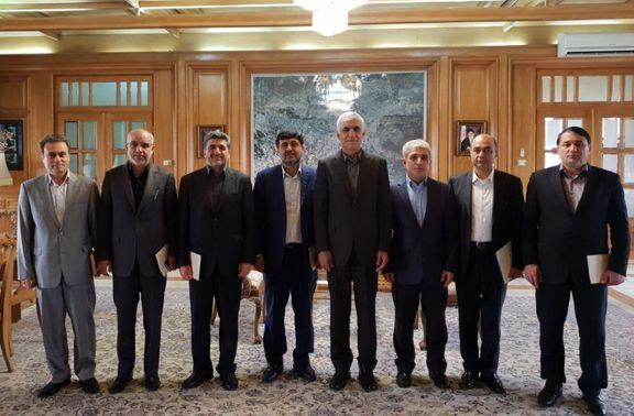 نشست مدیران بانکی با شهردارتهران / تشکیل کارگروه برای تعیین و تکلیف بدهی های دولت