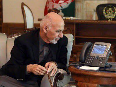 بایدن و اشرف غنی در مورد خروج امریکایی ها از افغانستان گفتوگو کردند