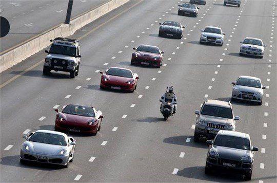 تکذیب آزادسازی واردات خودروهای لوکس