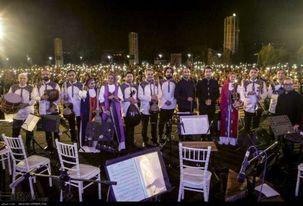 محمد معتمدی و احسان خواجه امیری در اراضی عباس آباد اجرای زنده خواهند داشت
