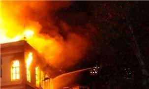 آتش سوزی در پاساژی در خیابان امیرکبیر و مصدوم شدن سه تن از نیروهای آتشنشانی