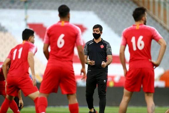 کریم باقری و گل محمدی در رقابتی دوستانه پا به توپ شدند