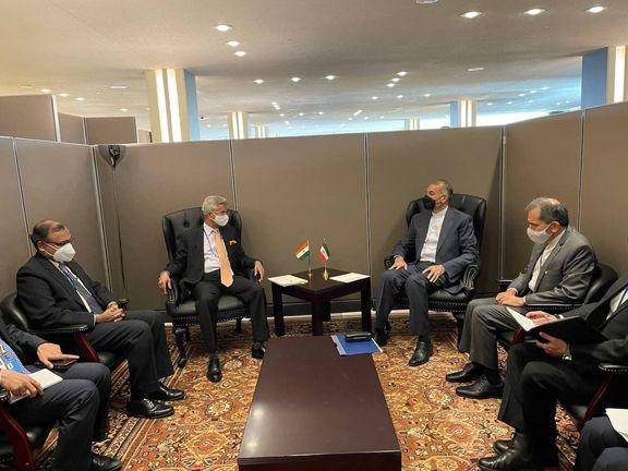 تاکید وزیران خارجه ایران و هند بر ارتقای روابط دوجانبه