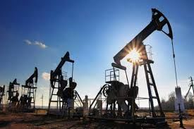 کانادا تولید نفت خود را کاهش می دهد