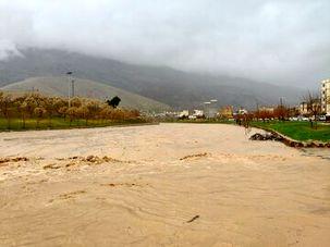 نورآباد در شرایط بحرانی قرار گرفت / امکانات پیشگیری ازخسارات سیل در این شهرستان کافی نیست