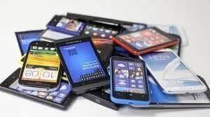 کاهش نرخ دلار و افزایش عرضه ارز شرط ارزان شدن موبایل در بازار