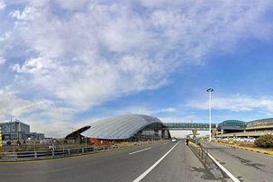 فرودگاهی امام (ره)  گامی به سمت ارائه خدمات هوشمند به مردم برداشته است