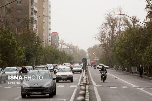 کیفیت هوای تهران کاهش یافت و شاخص کیفیت هوای تهران ناسالم بودن هوا را نشان می دهد