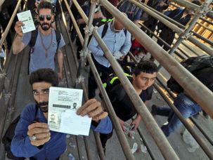 مرز مهران برای جابجایی بار از فردا باز میشود