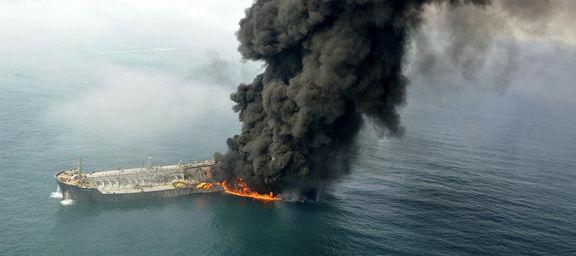 دو نفتکش بزرگ در دریای عمان هدف حمله قرار گرفت+ عکس