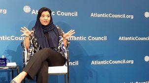 رویداد بی سابقه در تاریخ عربستان / اولین زن سعودی راهی سفارت عربستان در آمریکا شد