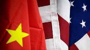 تحریم های چین علیه چند مقام آمریکایی/همچنان تنش ها ادامه دارد