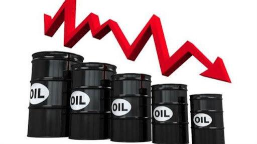 عرضه بالای نفت باعث کاهش قیمت 38 سنتی قیمت نفت شد