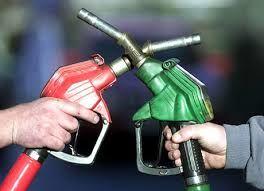وزیر نفت کمبود بنزین را تایید نکرد
