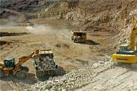 بخش معدن باید به کسانی واگذار شود که توانایی اداره و مدیریت آن را داشته باشد