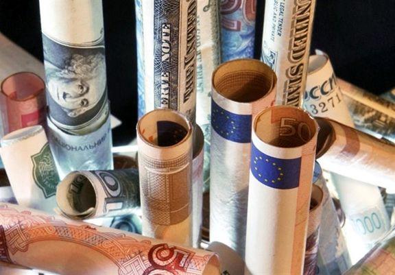 قرار گرفتن دلار در مرز 27 هزار تومان
