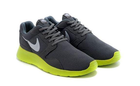 قیمت انواع کفش ورزشی مردانه