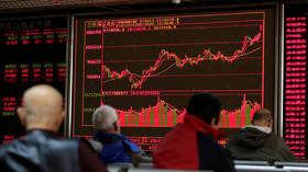 بورس جهانی همچنان درگیر کرونا و کاهش قیمت است