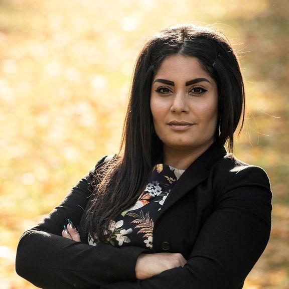 آناهیتا ملکیان پناهنده ایرانی الأصل دانمارک نامزد ضد خارجی ترین حزب دانمارک شد