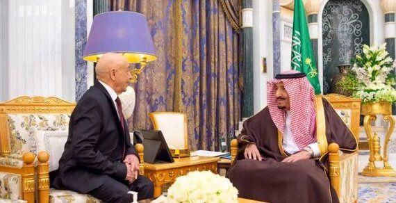 دیدار دو مقام عربستان و لیبی با یکدیگر