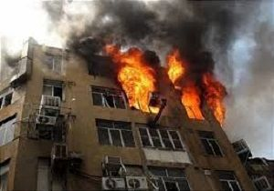 یک کارخانه در شهرک صنعتی شهید سلیمی دچار آتش سوزی شد