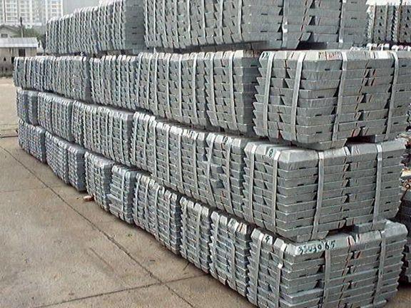 مازاد عرضه 353 هزار تنی روی پالایشیافته در سال 2021