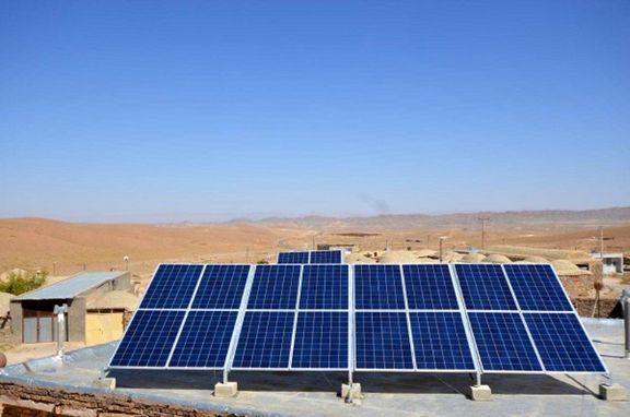 برق خانواده های عشایر با پنل خورشیدی تامین شد!
