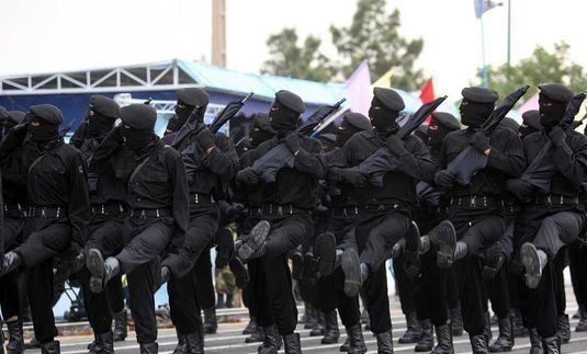 اخلالگران نظام اقتصادی در حوزه پتروشیمی توسط سربازان امام زمان(عج) دستگیر شدند