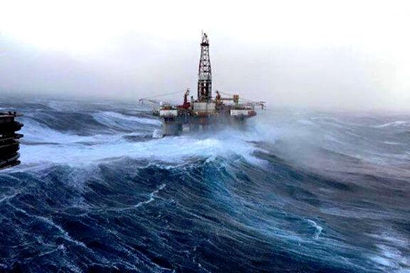 طوفان دلتا باعث تعطیلی تولید نفت در آمریکا شد