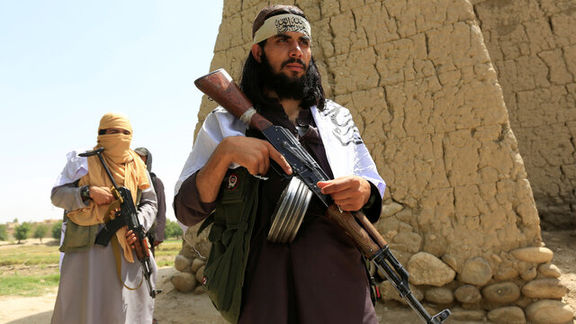 طالبان ۴۲ عضو ارتش ملی افغانستان را آزاد کرد